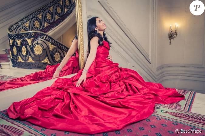 Exclusif dominique cojuangco robe vivienne westwood for Code de robe de mariage de palais de justice