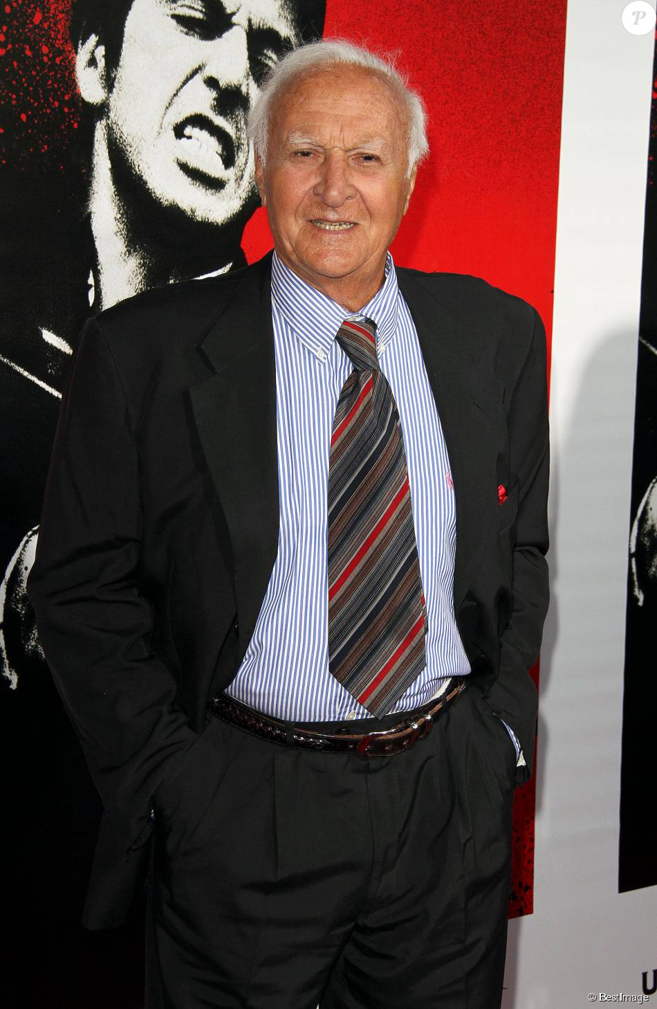 Robert Loggia au Belasco Theater de Los Angeles à l'occasion de la sortie du Blu-Ray du film Scarface, le 23 août 2011