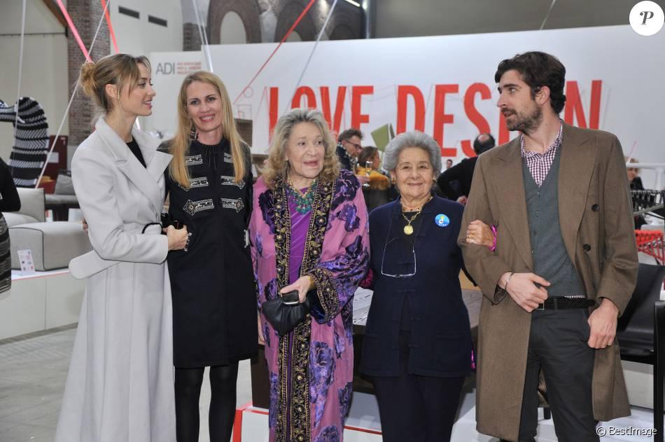 """Beatrice Borromeo, Isabella Borromeo, Marta Marzotto, Bona Borromeo et Carlo Borromeo - Inauguration de l'exposition """"Love Design"""" à Milan le 10 décembre 2015."""