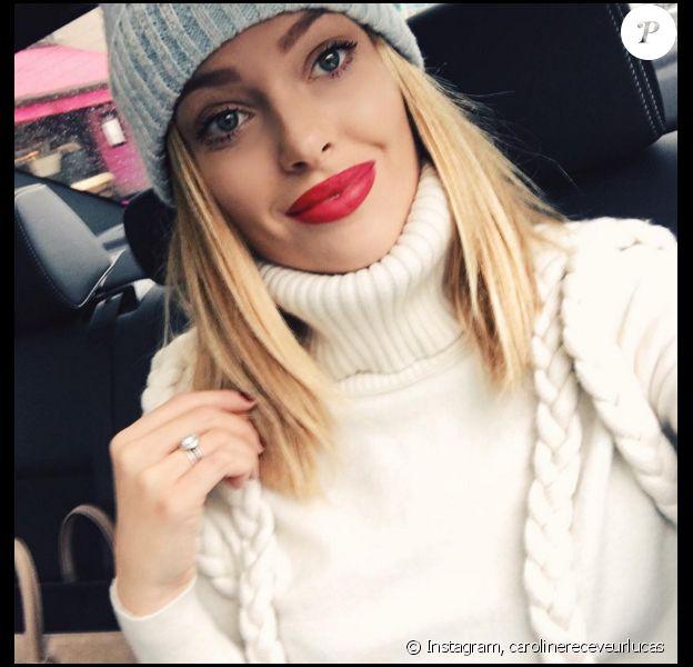Caroline Receveur - Ses lèvres rouges font le buzz ! Novembre 2015.