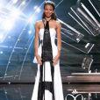 Flora Coquerel, Miss France 2014, aux Etats-Unis pour le concours Miss Univers 2016. Le comité Miss France a dévoilé sur son compte Twitter la robe hommage aux victimes des attentats de Paris. Décembre 2015.