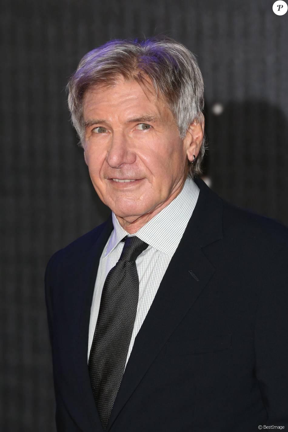 Harrison Ford à la première de Star Wars : Le Réveil de la Force à Londres le 16 décembre 2015.