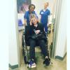 Kelly Osbourne blessée et hospitalisée : Elle ressort en fauteuil roulant