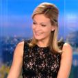 Audrey Crespo-Mara, amusée par Jeff Panacloc et Jean-Marc, invités du JT de 20 Heures sur TF1, le vendredi 1er janvier 2016.
