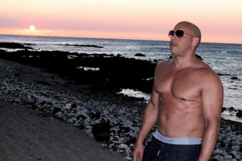 """Vin Diesel, torse nu : Muscles de sortie pour le retour de """"xXx"""""""