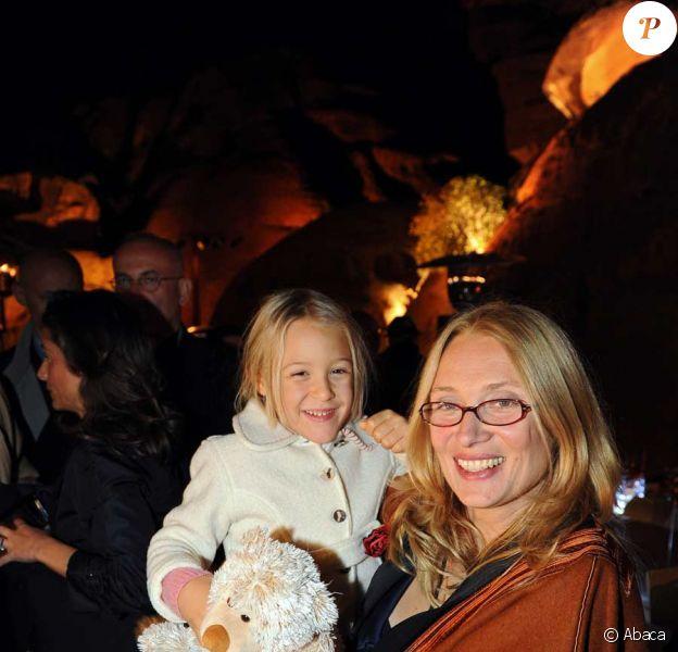 Nicoletta Montovani, veuve de Luciano Pavarotti, assiste avec leur fille Alice au concert hommage donné à sa mémoire