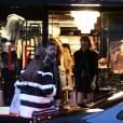 Gigi et Bella Hadid au magasin Agent Provocateur dans le 1er arrondissement. Paris, le 21 janvier 2016.