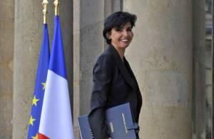 REPORTAGE PHOTOS : Rachida Dati en tailleur pantalon à l'Elysée... so chic !