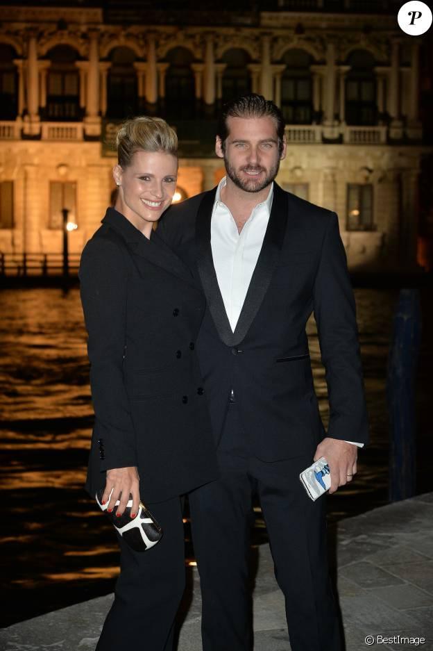 Michelle Hunziker et son mari Tomaso Trussardi au gala annuel de l'association Doppia Difesa dans le cadre de la Mostra de Venise, le 7 septembre 2015.