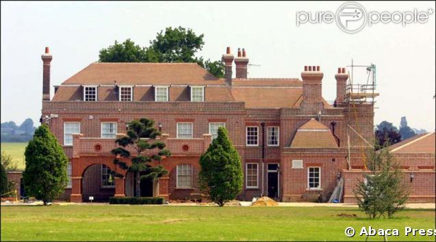 Propriete de victoria et david beckham dans le hertfordshire en angleterre - Maison de david beckham ...