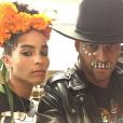 Twin Shadow a publié sur sa page Instagram une photo de lui et son amoureuse Zoë Kravitz, au mois d'octobre 2015.