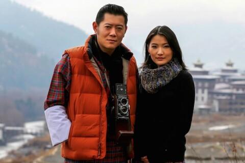 """Jigme Khesar du Bhoutan papa : Jetsun Pema, sa """"Kate de l'Himalaya"""", a accouché"""