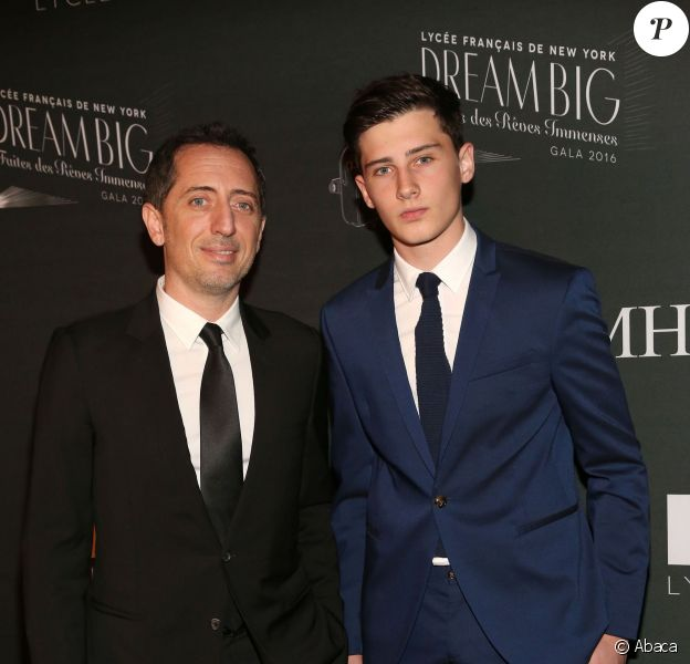 Gad Elmaleh et son fils Noé - Gala du Lycée français de New York honorant l'humoriste, le 6 février 2016