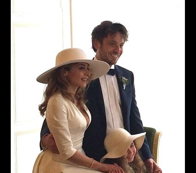 Photo du mariage de Julie Zenatti avec Benjamin Bellecour - février 2016