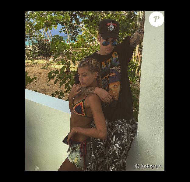 Justin Bieber et Hailey Baldwin en vacances sous le soleil. Photo publiée sur Instagram au mois de janvier 2016.