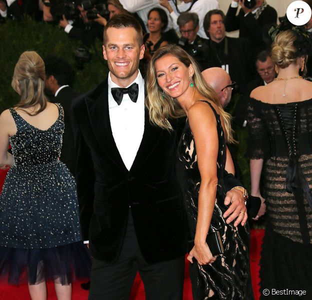 """Tom Brady et sa femme Gisele Bündchen à la Soirée du Met Ball / Costume Institute Gala 2014: """"Charles James: Beyond Fashion"""" à New York. Le 5 mai 2014."""