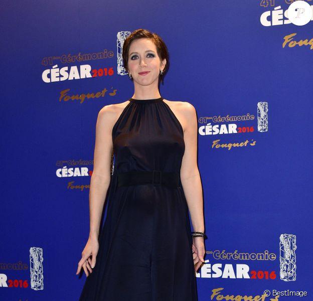 Sara Giraudeau (enceinte) - Photocall du dîner des César au restaurant Fouquet's à Paris. Le 26 février 2016 © Giancarlo Gorassini / Bestimage