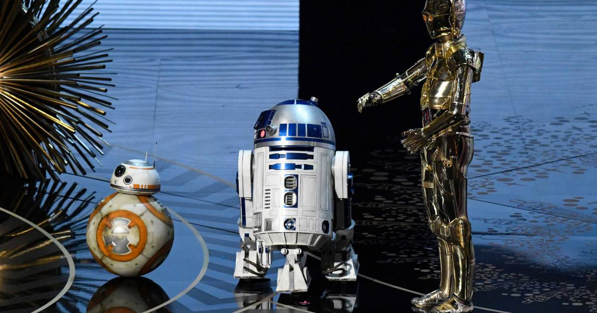 c3p0 and r2d2 meet bb8 pictures