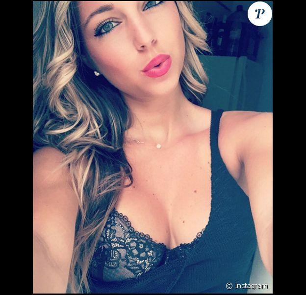 Maddy (Qui veut épouser mon fils?, Friends Trip) : Selfie sexy en direct de Miami