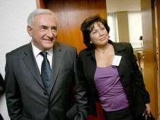 Affaire Strauss-Kahn : le mari d'Anne Sinclair présente ses excuses...
