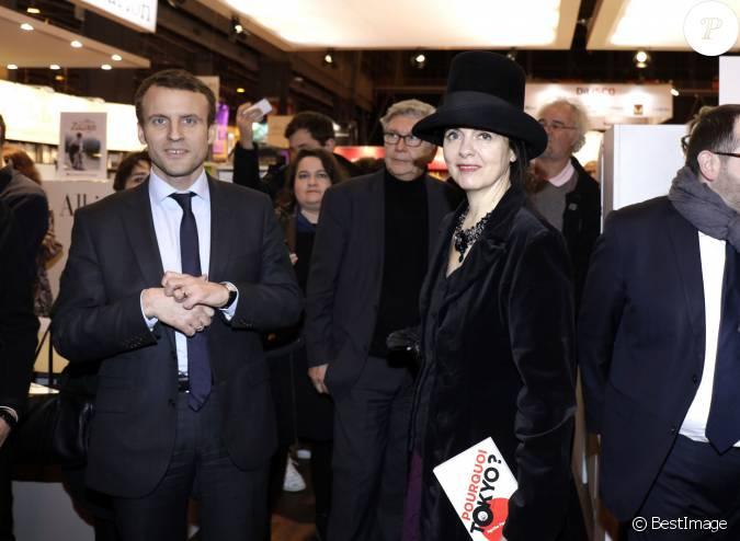 Emmanuel macron et am lie nothomb au salon du livre de for Salon du divorce