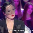 Dita Von Teese, invitée dans  Salut les terriens  sur Canal+, le samedi 19 mars 2016.