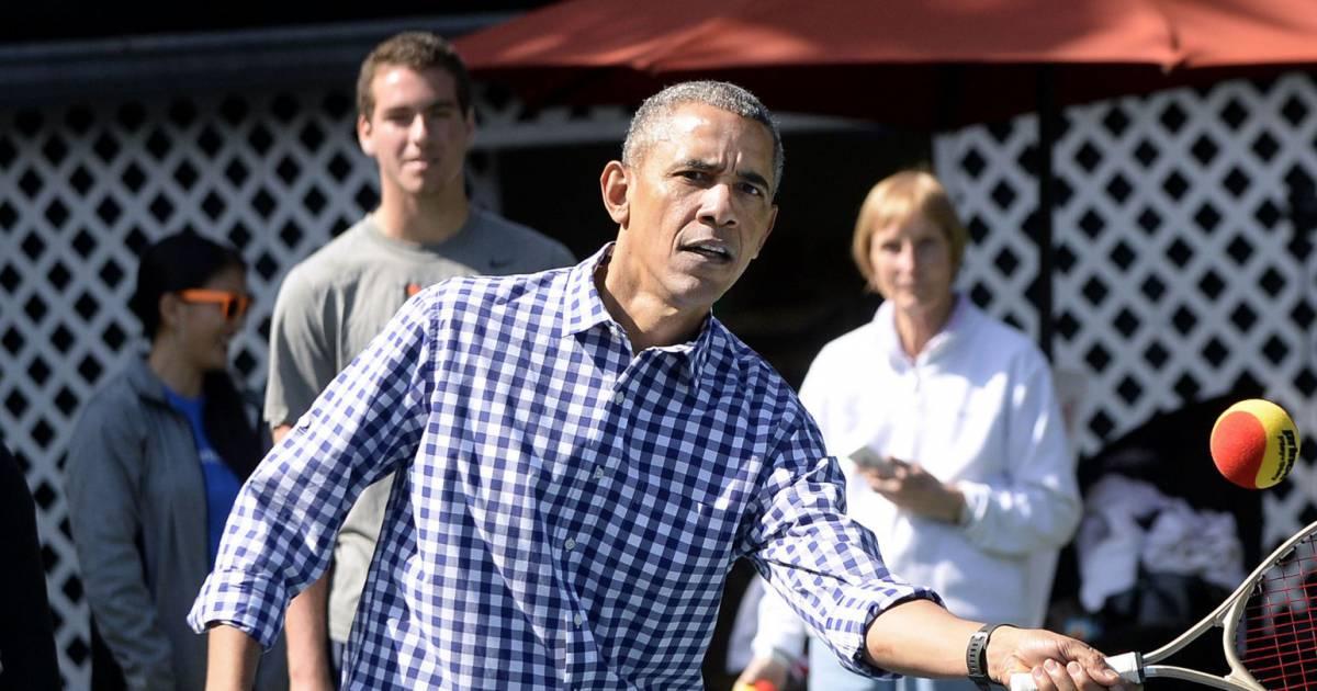 Barack obama joue au tennis lors de la traditionnelle for Au coeur de la maison blanche barack obama