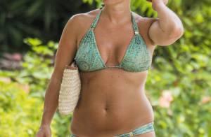 Celine Dion Bikini Maldives 113