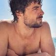 Augustin Galiana (Clem) prend la pose sur Instagram