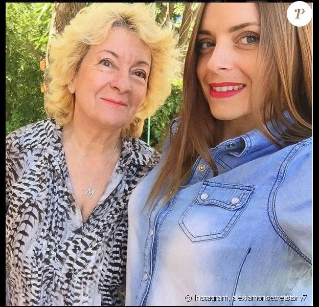 Alexia Mori de Secret Story 7 pose avec sa grand-mère, le 10 avril 2016