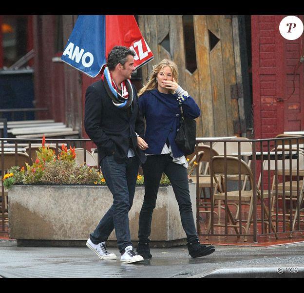 Sienna Miller et Balthazar Getty, toujours aussi amoureux...