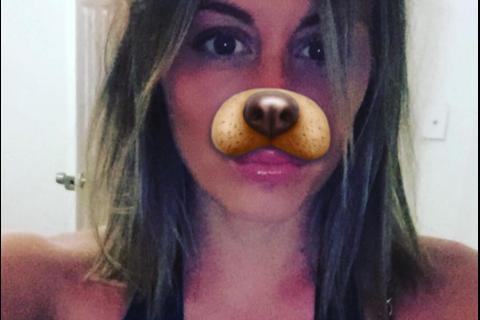 Anaïs Camizuli : Son nez dérange ses haters, elle se moque d'eux !