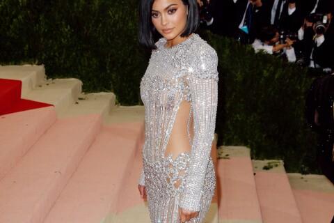 MET Gala 2016 : Kylie Jenner blessée par sa robe, finit la soirée en sang