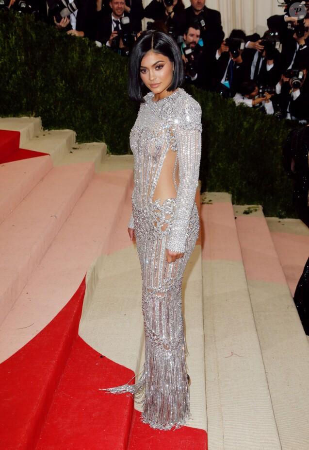 Kylie Jenner lors de la Soirée Costume Institute Benefit Gala 2016 (Met  Ball) sur