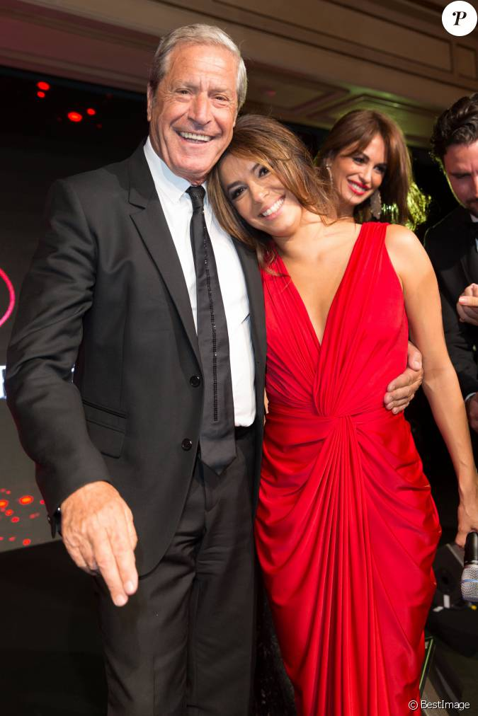 Exclusif - Jean-Claude... Eva Longoria Foundation