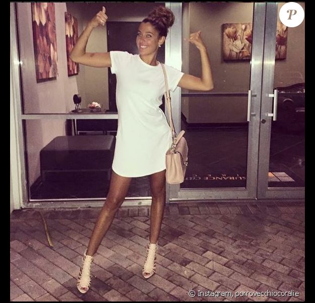Coralie Porrovecchio en petite robe sexy sur Instagram