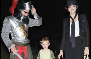 REPORTAGE PHOTO : Quand Liv Tyler fait le... Charlot pour son fils ! (réactualisé) toutes les photos