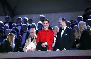 Kate Middleton et la famille royale au côté d'Elizabeth II pour son grand show