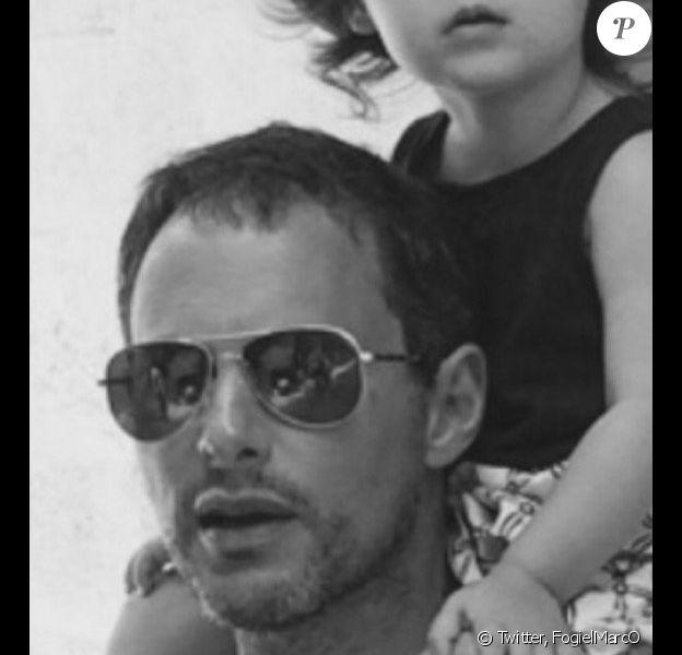 Marc-Olivier Fogiel poste une adorable photo d'une de ses filles. Mai 2016.