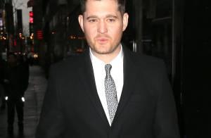 Michael Bublé : Bientôt opéré, il s'excuse de son absence...