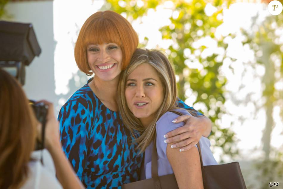 Jennifer Aniston et Julia Roberts - Image du film Joyeuses Fêtes des ...
