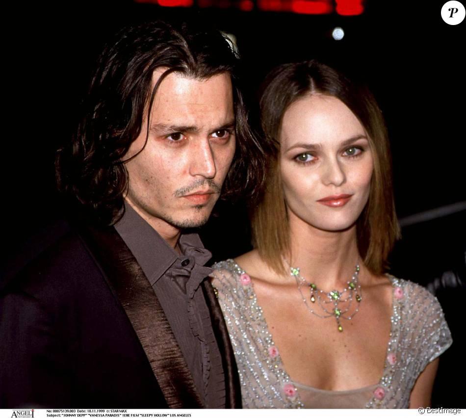 Johnny Depp et Vanessa Paradis en 1999