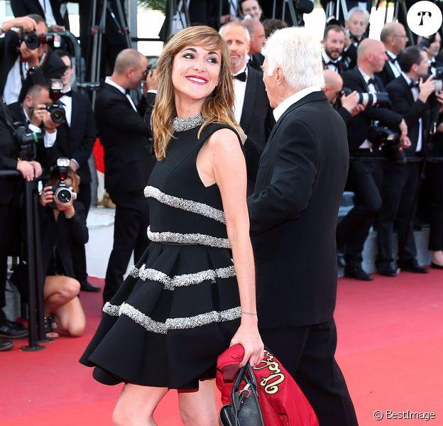 """Guy Bedos et sa fille Victoria Bedos - Montée des marches du film """"Julieta"""" lors du 69e Festival International du Film de Cannes. Le 17 mai 2016. © Olivier Borde-Cyril Moreau/Bestimage"""
