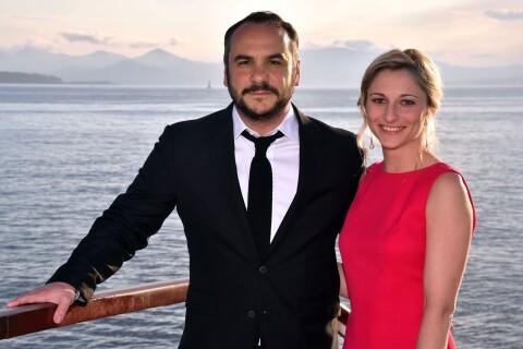 François-Xavier Demaison et son amoureuse, deux grands coeurs...