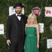Kylie Minogue et Joshua Sasse mariés en secret ? Il répond avec humour !