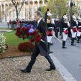 Bertrand Delanoë lors des commémorations du 11 novembre au pied de la statue de Georges Clémenceau