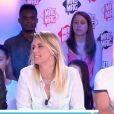 """Emilie Picch, Aurélie Van Daelen et Benoît Dubois sur le plateau du """"Mad Mag"""" de NRJ12, le 22 juin 2016"""