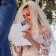 Le mariage de la belle Xenia Deli, le 5 juin 2016 à Santorin en Grèce.