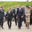 Le prince Harry, le président français François Hollande, le prince William et Kate Catherine Middleton, duchesse de Cambridge - Dévoilement de la plaque inaugurale de la nouvelle aile du musée lors des commémorations du centenaire de la Bataille de la Somme à Thiepval, bataille qui fût la plus meurtrière de la Première Guerre Mondiale. Le 1er juillet 2016