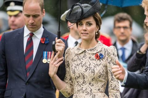 Kate Middleton : Émue au bras de William, se recueille sur la tombe de son oncle